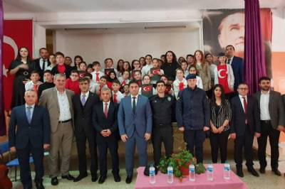 Belediye Başkanımız Hanefi Tok, 12 Mart İstiklal Marşı'nın Kabülü ve Mehmet Akif Ersoy'u Anma Günü münasebetiyle düzenlenen programa katıldı.